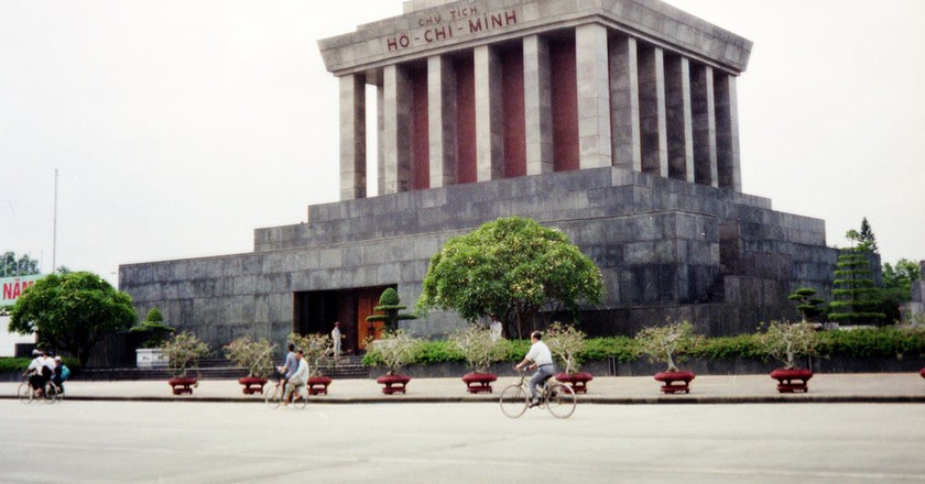 Ho Chi Minh's final resting place, Hanoi | © Chris Yunker/Flickr