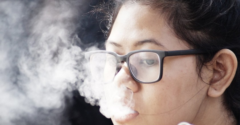 Smoking in Indonesia | © Farhan Perdana (Blek)/Flickr