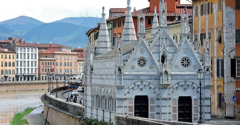 Arno River and Santa Maria della Spina, Pisa ©Dimitris Kamaras/Flickr