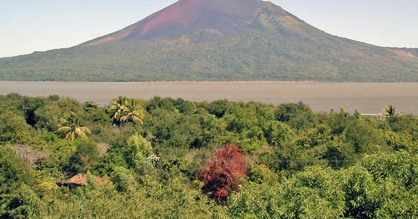 Momotombo volcano   © Jean-Pierre Dalbéra / Flickr