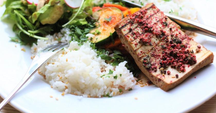 Tofu in Red Pepper   © Ula Zarosa/Flickr
