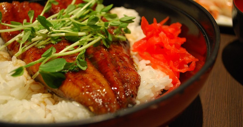 Unadon, grilled and marinated eel over a rice bowl | © Alpha / Flickr