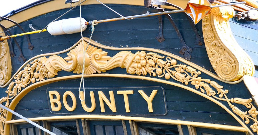 A recreation of the famous HMS Bounty   ©Kevin Burkett / Flickr