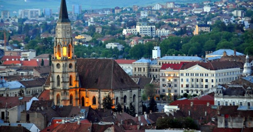 Cluj in the evening |  © Dennis Jarvis / Flickr