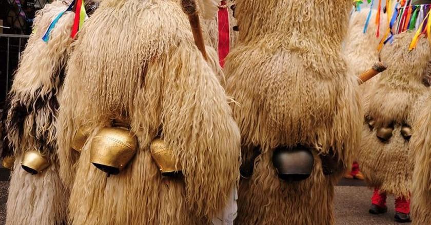 People dressed as Kurent at International Carnival in Ptuj | © Ekke /WikiCommons