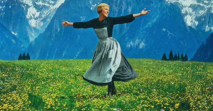 Julie Andrews singing in 'The Sound of Music' |  © 20th Century Fox