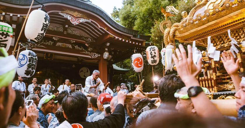Festivals goers celebrating Kichijoji Matsuri   Mithila Jariwala / © Culture Trip
