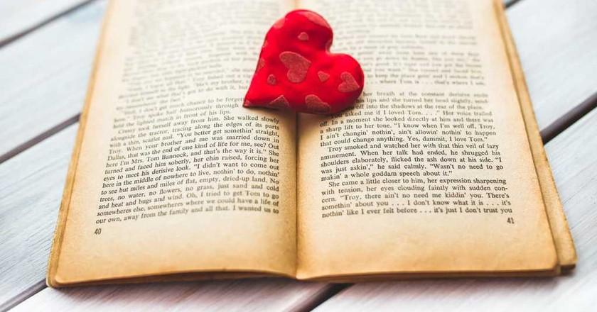 Romantic novels are popular among Nigerian women | ©Karolina Grabowska/Pexels