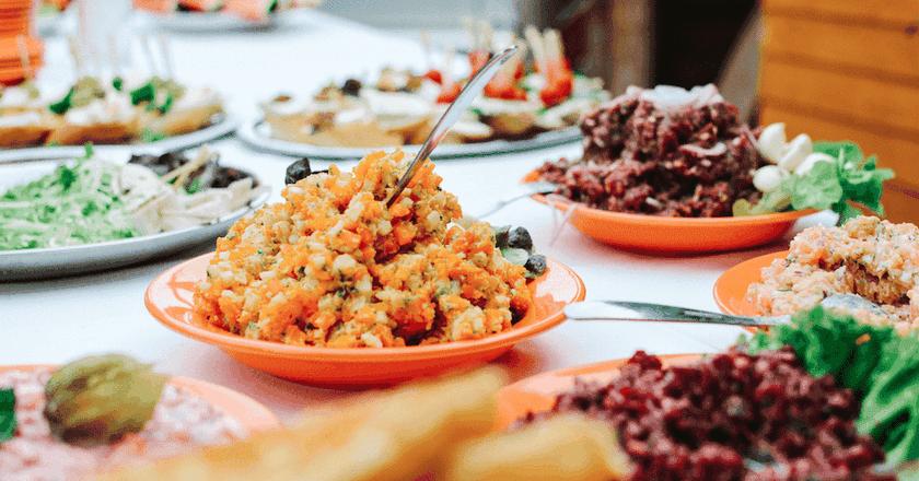 Vegetarian food | © Jakub Kapusnak / Foodiesfeed