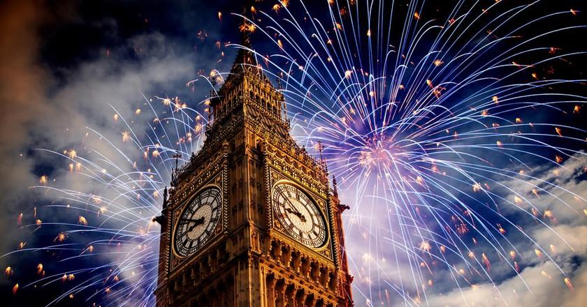Fireworks around Big Ben | © melis/Shutterstock