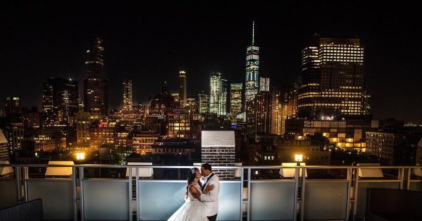 Romantic setting | © Courtesy of Tribeca Rooftop/Foxlight Studios