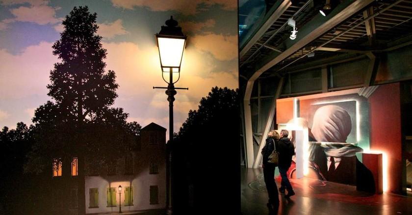 Magritte meets Atomium | © atomium.be - SABAM 2017 - C.H.:ADAGP Paris & A. Addington