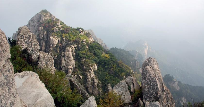 Mount Tai, Shandong | © kanegen/Flickr