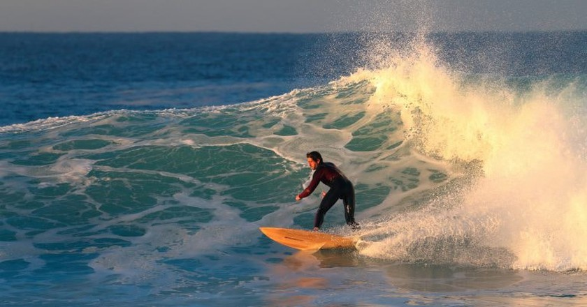 Surfing Australia | © EdDunens/Flickr