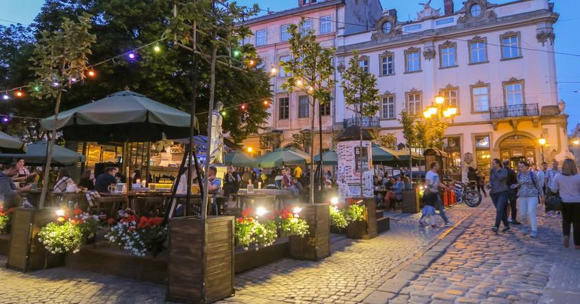 Market Square|© Maya Maceka / Flickr