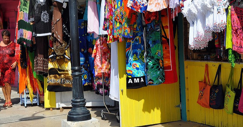 Bahamas 12 Market   ©  Christopher Connell/Flickr