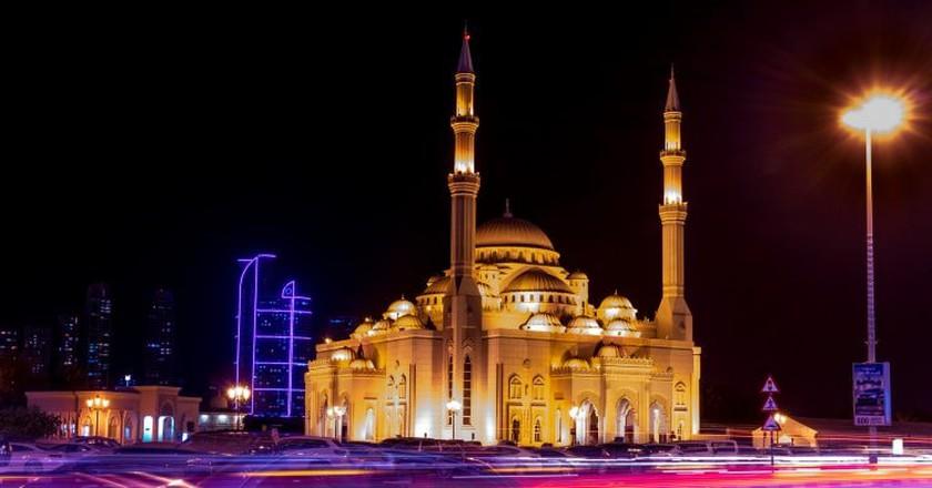 Sharjah, UAE   © Fariz Safarullah