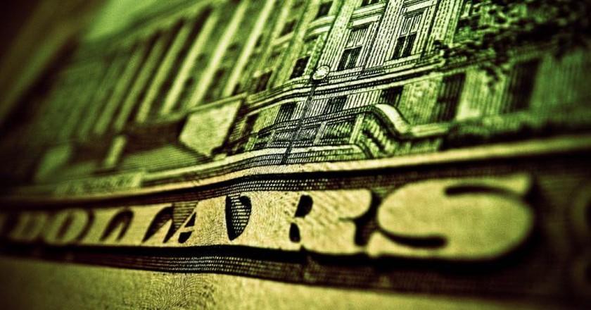 Twenty dollars bill | ©Kurtis Garbutt/Flickr