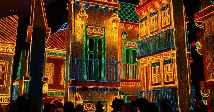 Medellin by night   © Iván Erre Jota / Flickr
