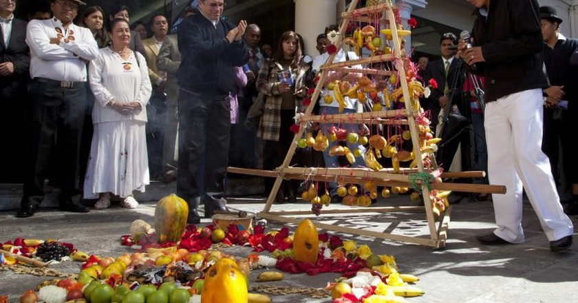 "<a href=""https://www.flickr.com/photos/dgcomsoc/7403788200/"" target=""_blank"" rel=""noopener noreferrer"">Celebrating the beginning of Inti Raymi | © Cancillería del Ecuador / Flickr</a>"