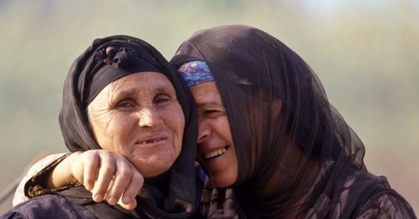 Two Egyptian women laughing  ©Tribes of the World/Flickr