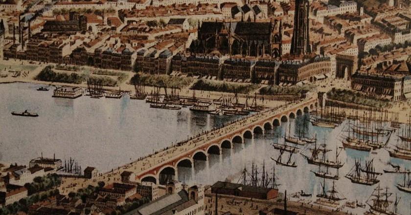 The old Port de Bordeaux © Frédérc Alexianu/Wikimedia Commons