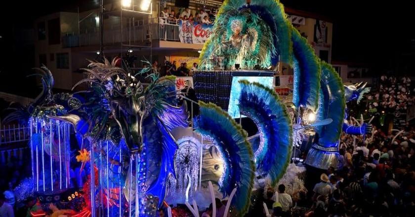 Parade at Parque Porras, Panama City | © RicardoAndres39 / WikiCommons