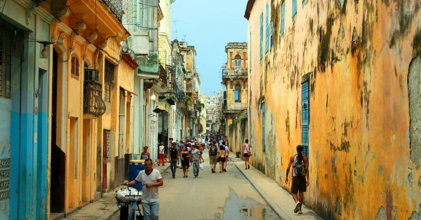 Try to spot some advertising in Cuba © ansalmo_juvaga
