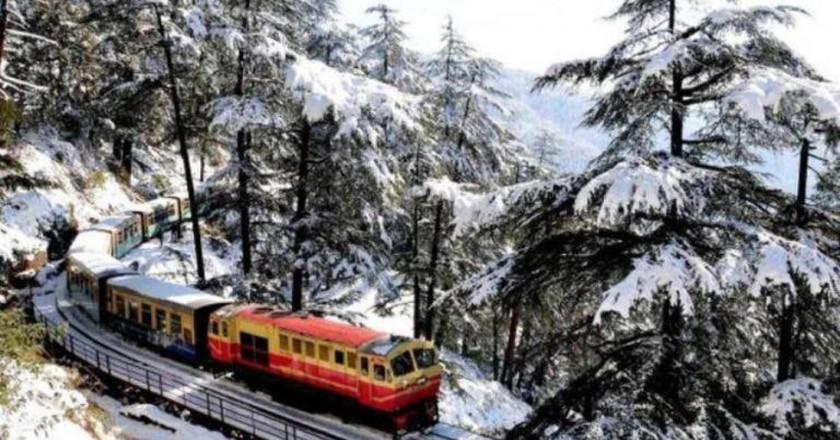 Kalka Shimla Toy Train in Winter | © Jannat-e-Shimla / Facebook