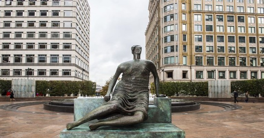 Henry Moore's Draped Seated Woman at Cabot Square, Canary Wharf | © Lucy Young 2017