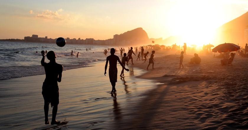Rio's Copacabana Beach|©pauloduarte/Pixabay