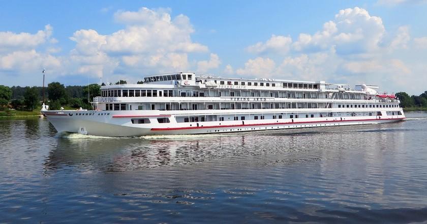 Volga river cruise ship | © DEZALB / Pixabay