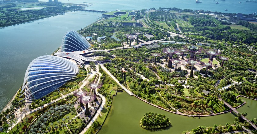 21 Amazing Experiences You Can Only Have in Singapore