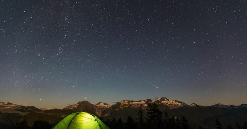 Camping at Elfin Lakes in Garibaldi Provincial Park | © Taylor McColl / Shutterstock