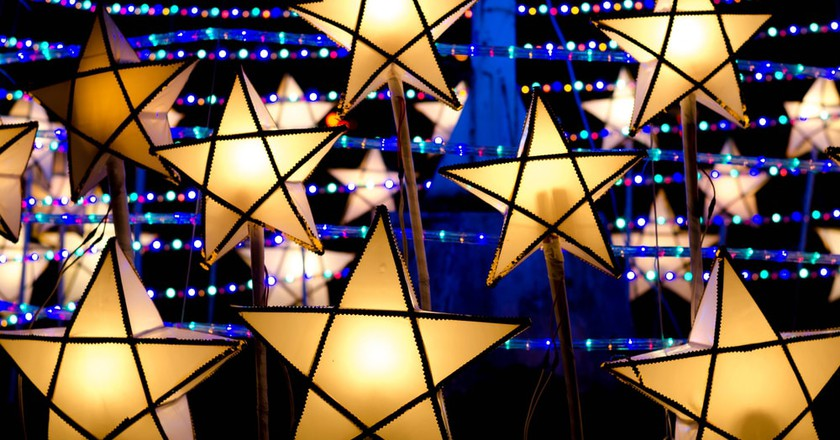 Christmas Parol lanterns light up The Philippines | © Wuttichai jantarak / Shutterstock