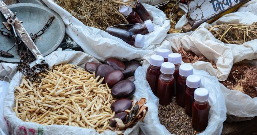 Herbs & Oils at Chandni Chowk Market   © Phuong D. Nguyen/Shutterstock