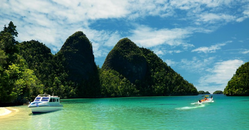 The Best Luxury Resorts in Raja Ampat, Indonesia
