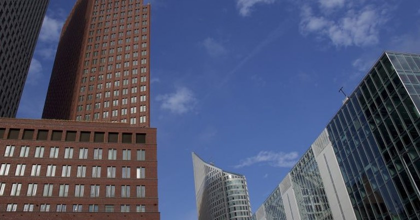 Skyscrapers in the Hague | © pixabay