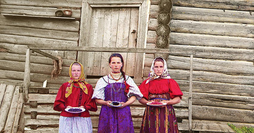 Peasant girls. Russian Empire | © Sergey Prokudin-Gorsky/ the Library of Congress