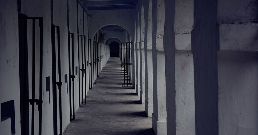 A corridor at the infamous Cellular Jail in India | ©Vidit Goyal/Wiki Commons