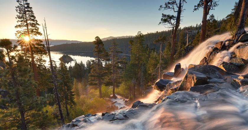 6 Incredible Waterfalls Near Sacramento, CA
