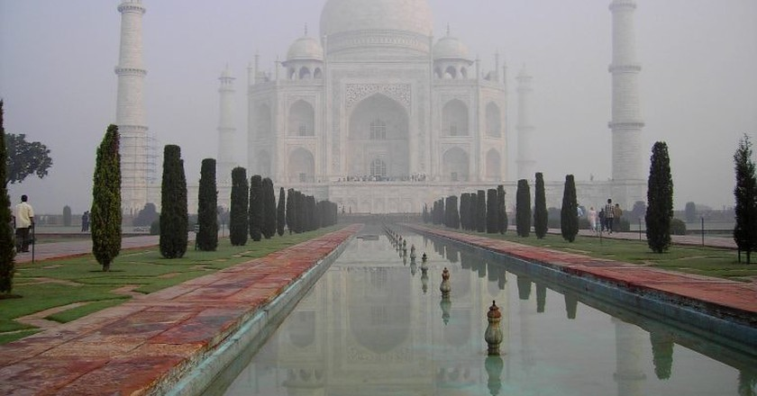 Taj Mahal at dawn | © John Haslam/Flickr