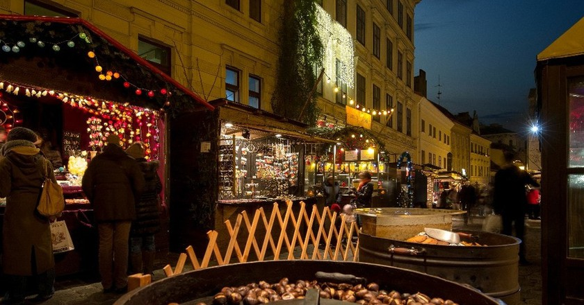 A maroni stall in Vienna | Courtesy of Vienna Tourist Board