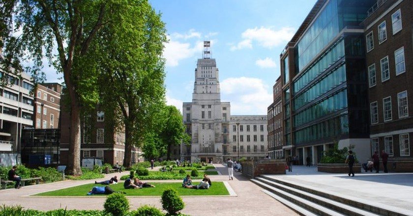 Senate House | © Philip James/Flickr