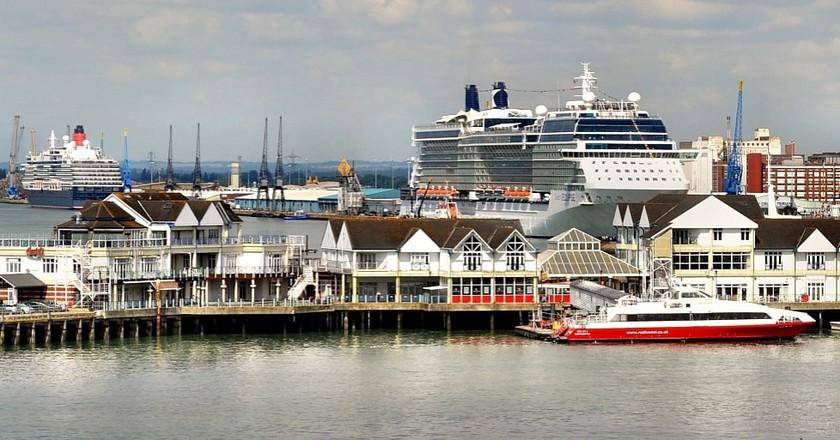 Southampton Docks 3. Nikon D3100   © Robert Pittman/Flickr.