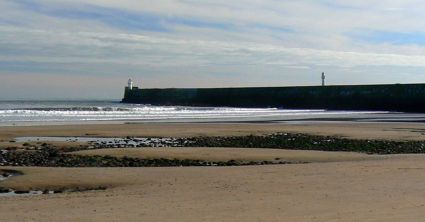 Aberdeen Breakwater   © Nick Bramhall / WikiCommons