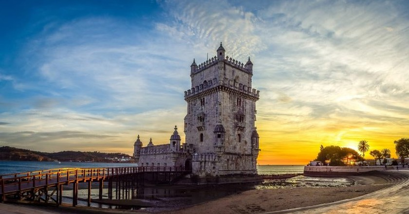Visit the Belém Tower without the long lines | © AntonioCalado / Pixabay