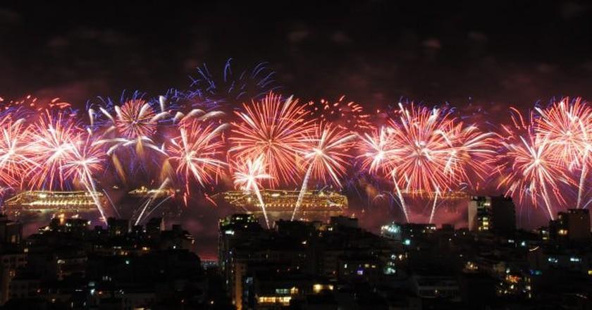 Copacabana fireworks   © Leandro Neumann Ciuffo / Flickr