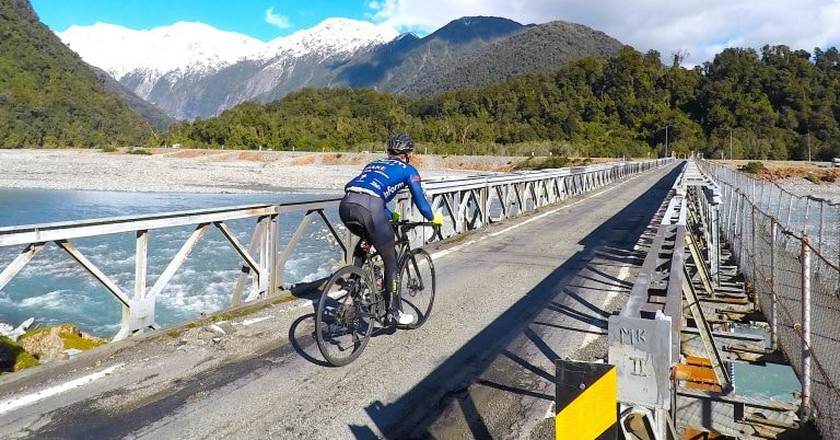 Meet the Man Who Cycled the Length of New Zealand in 13 Days