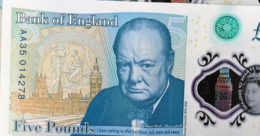 New Five Pounds note   © Pixabay